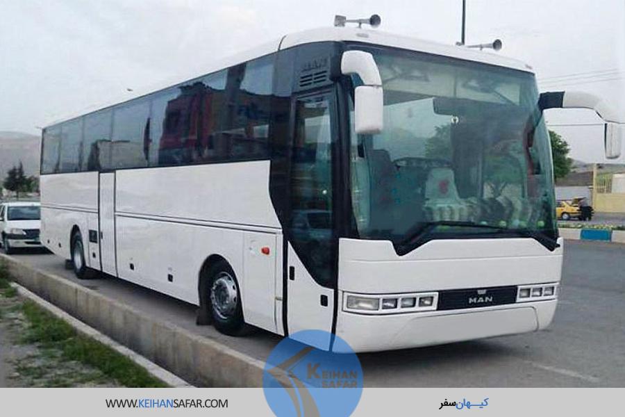 اتوبوس-مان-کیهان-سفر